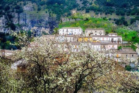 tightness: Panorama of Cerchiara di Calabria, a town in southern Italy