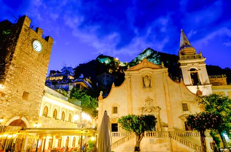 Square and church of Taormina by night. Sicily, Italy Reklamní fotografie