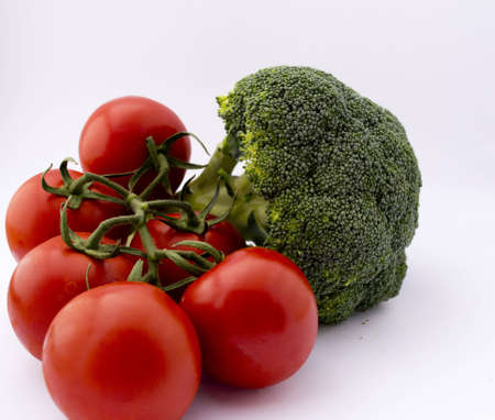 broccoli and tomatoes Stock Photo - 10344639