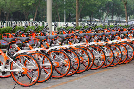 Shared bicycles on the streets of Beijing 新聞圖片