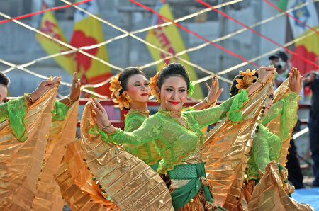 Dancer in a sparkling performance in Ujung Galu Festival 2007 the city of Surabaya, East Java, Indonesia. Sparklin dance is a dance to welcome tourists in Surabaya, on May 20, 2007