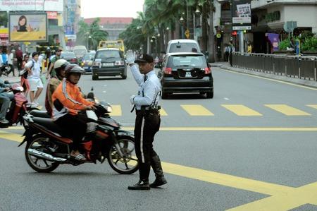 ブキッ ・ ビンタン、クアラルンプール、マレーシアのトラフィックを監督する警察 報道画像