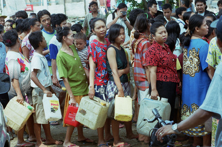 peoples: Peoples queue when there is a shortage of oil to fuel oil