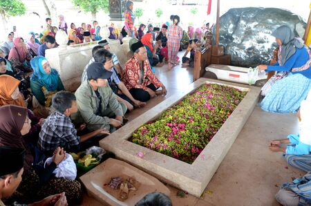 sukarno: Prayed at grave Sukarno, Indonesian first president, in Blitar, East Java, Indonesia