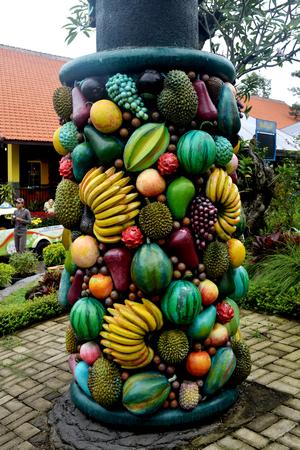 Fruit sculptures in Bakti Alam Park Pasuruan, Indonesia 報道画像