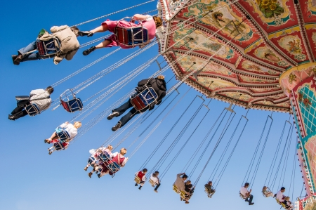 chain swing ride: chain swing ride at the Munich Oktoberfest, Munich, Germany
