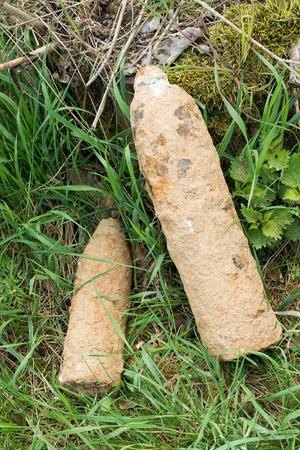 artillery shell: Proyectiles sin explotar en la Francia de carretera