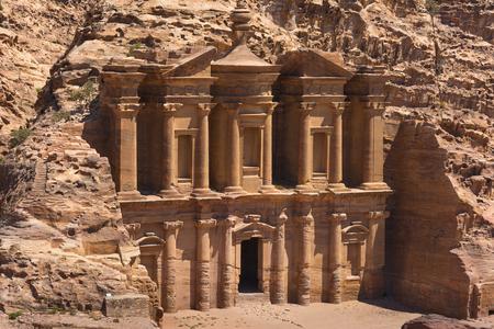 siq: The al-Dayr tomb part of the Petra complex in Jordan Stock Photo
