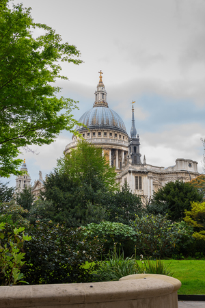 christopher: St Pauls Cathedral in London, against a cloudy sky. By the architect Sir Christopher Wren. Stock Photo
