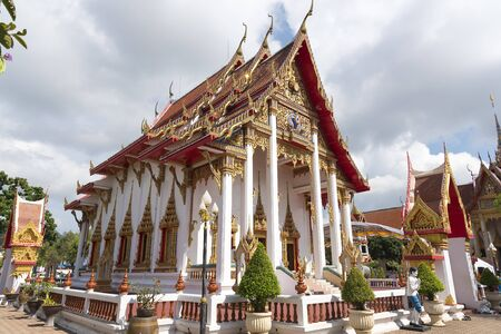 Phuket, Thailand -  Wat Chalong Temple on sunny summer day at Phuket island, Thailand. It's the biggest and oldest buddhist temple on Phuket.  版權商用圖片