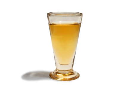 antiquary: Copa de vidrio cl�sica utilizada para beber bebidas alcoh�licas