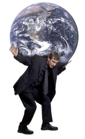 Man die de wereld op zijn schouders Stockfoto