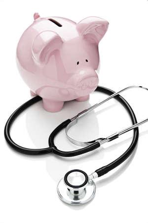 Piggy bank en stethoscoop