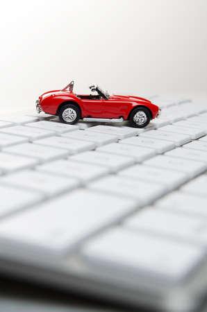 장난감 자동차 컴퓨터 키보드