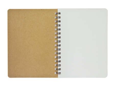 Geopend recycle notebook, de kleine oppervlakte, geïsoleerd op witte achtergrond