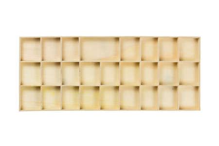 tabique: Caja de madera de reparto aislado en fondo blanco Foto de archivo