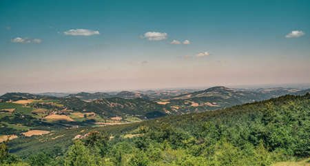 The ridge between the torrents Savena and Idice.