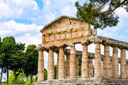 Temple of Athena at Paestum was an ancient Greek city in Magna Graecia Banque d'images - 120092853