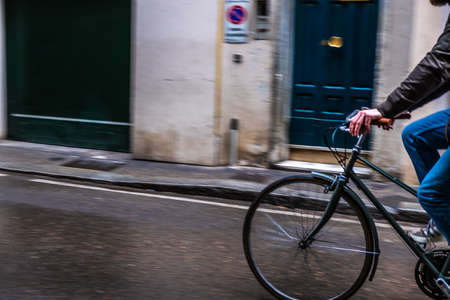 Bicycle road with cyclist in Florence Banque d'images