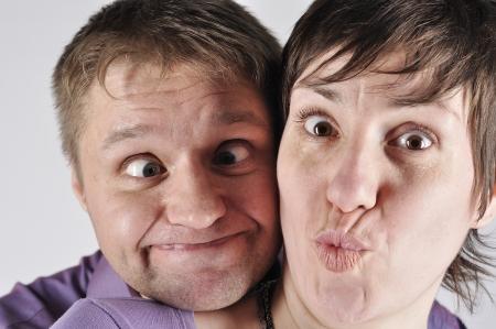 ingannare: Ritratto divertente giocare la coppia pazzo Archivio Fotografico
