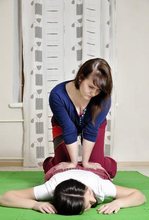 execution: Technical execution of Thai massage