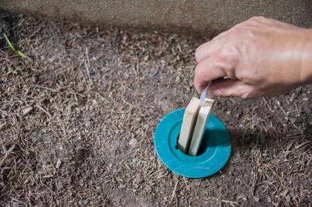 Système d'appâtage anti-termites.