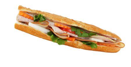 sandwich de pollo: Detalle de s�ndwiches vietnamitas aislados sobre fondo blanco