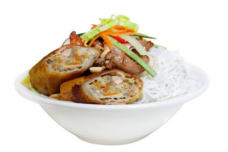 Eggrolls 麺のボウルと野菜、ベトナム料理 写真素材