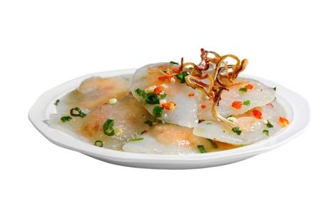 loc: Shrimp in glutinous tapioca flour dumpling, banh bot loc, Vietnamese cuisine