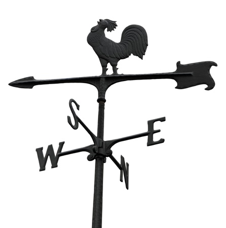 白で隔離される金属ウィンドベイン ステア風見鶏