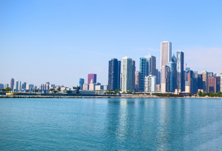 emigranti: Chicago Skyline dal lago Michigan nel periodo estivo