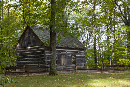 homestead: Hesler Log House in Old Mission Penisula Michigan Stock Photo