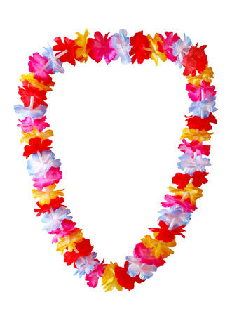 collares: Collar lei hawaiano aislado en fondo blanco