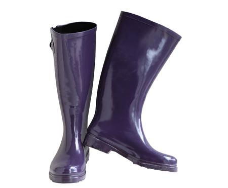 botas de lluvia: Par de botas de lluvia de las mujeres aislado en el fondo blanco