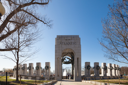 Washington, DC - Mar 31, 2018:  The Atlantic Pavillion at the World War II memorial on the National Mall 新聞圖片