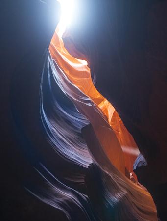 Colorful winding sandstone formation inside Antelope Canyon 版權商用圖片