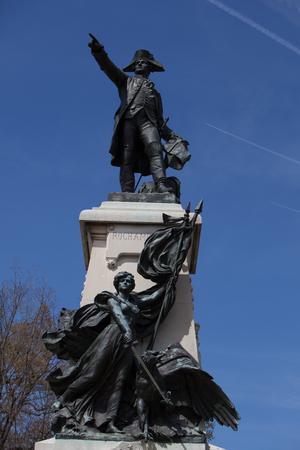 WASHINGTON, DC - April 06, 2018: Bronze Statue of Major General Comte Jean de Rochambeau by Sculptor Fernand Hamar 新聞圖片