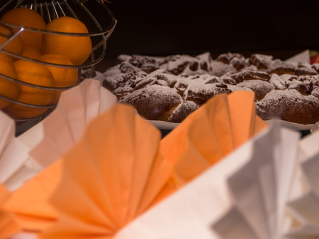 clementines: beautiful napkins with cake and clementines decoration