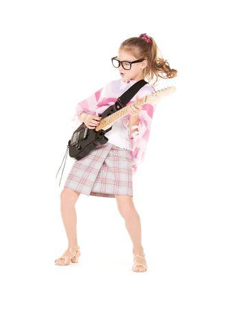 Foto de la ni�a graciosa en especificaciones con guitarra el�ctrica