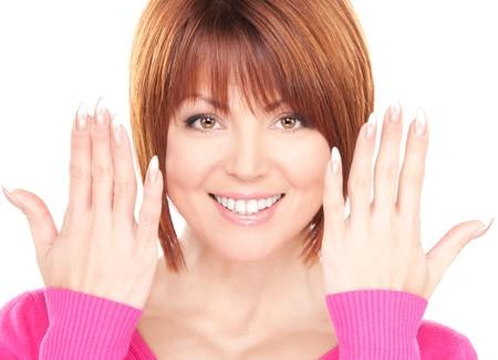 Foto de mujer mostrando las manos con clavos de pulido  Foto de archivo