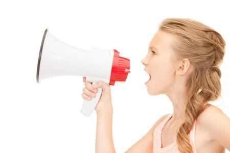 hablar en publico: Foto de la ni�a con meg�fono en blanco