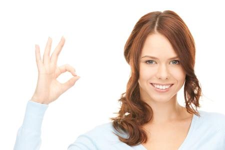 brillant image de femme charmante montrant signe ok Banque d'images - 8740696