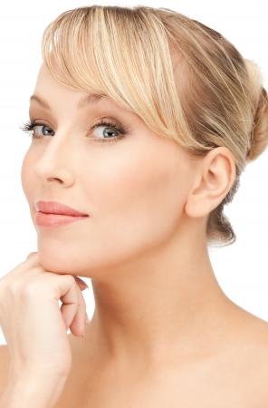 visage: closeup brillante retrato imagen de hermosa mujer