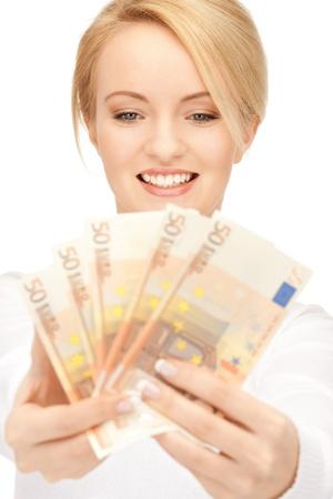 dinero euros: imagen de una mujer encantadora con dinero en efectivo euro