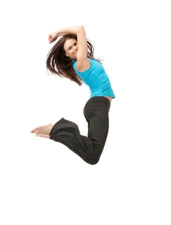 helles Bild der glücklichen Springen sportliche Mädchen