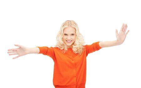 éxtasis: brillante imagen de mujer feliz mostrando sus palmas