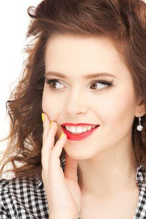 éxtasis: brillante imagen de mujer feliz con expresión de sorpresa