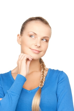 mujer pensativa: Primer plano de imagen brillante de mujer pensativa hermosa