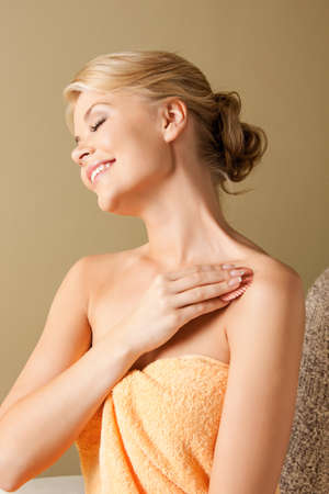 bodycare: picture of beautiful woman in spa salon