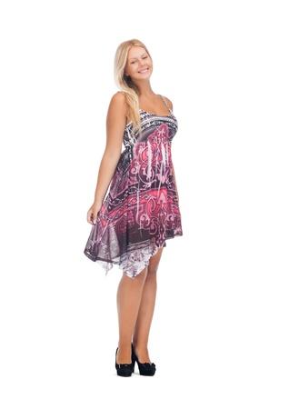 regordete: imagen de encantadora chica adolescente en elegante vestido